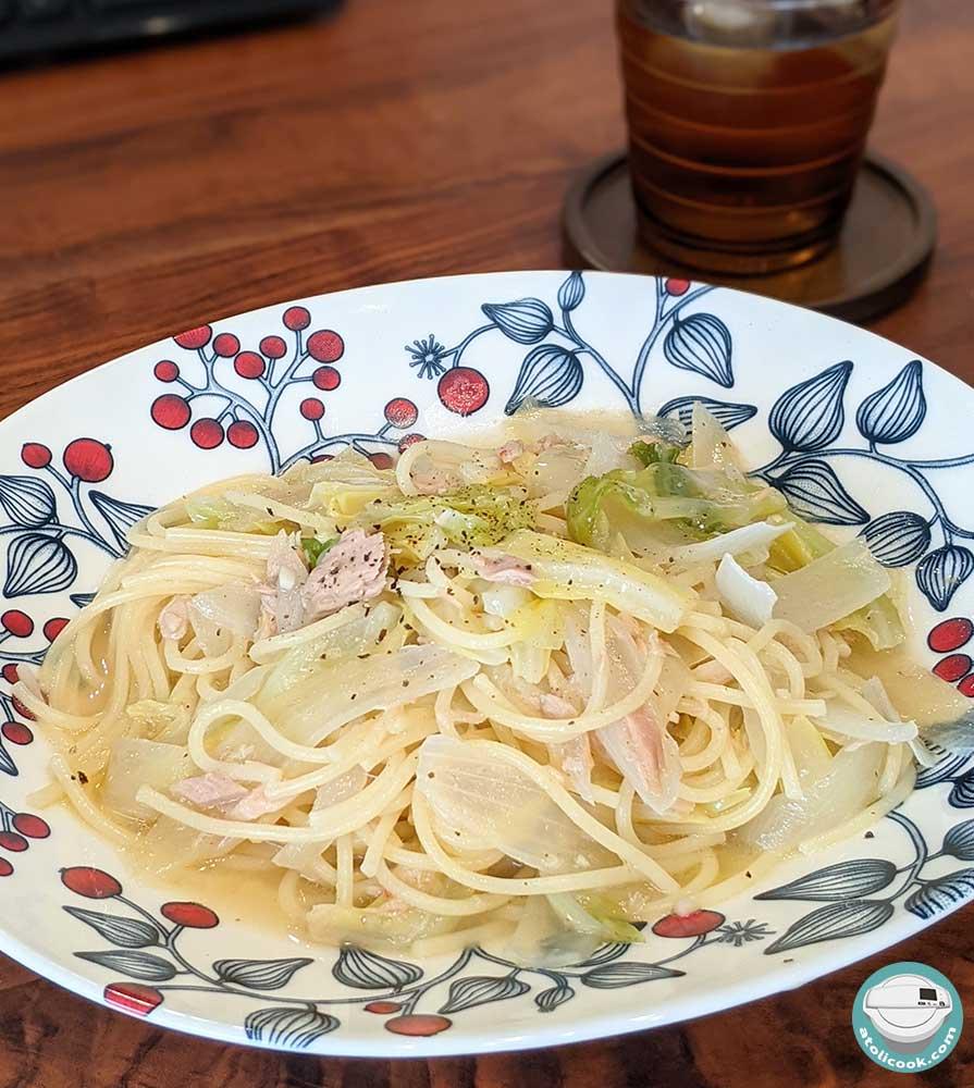 野菜のペペロンチーノ(ベーコンorツナ缶使用)